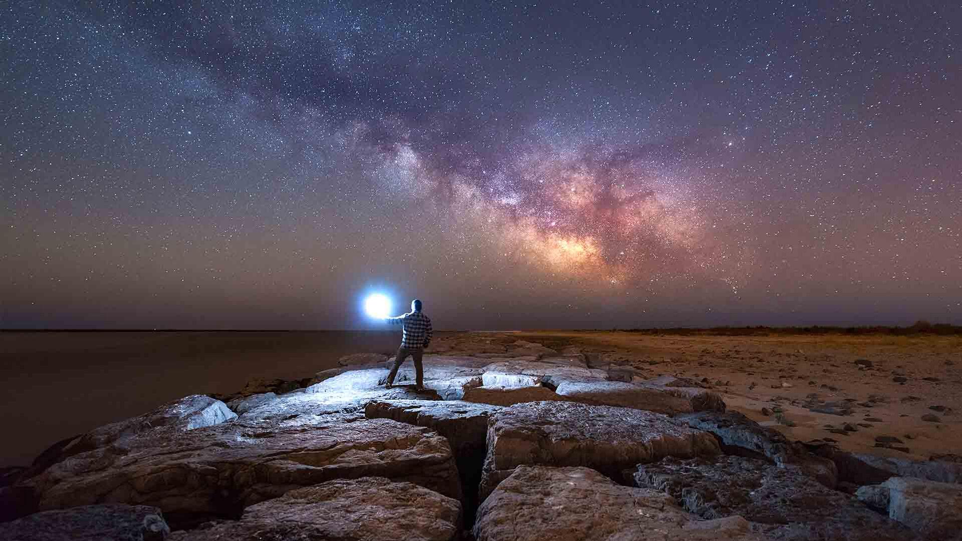 Osservazione delle stelle alla fine di febbraio