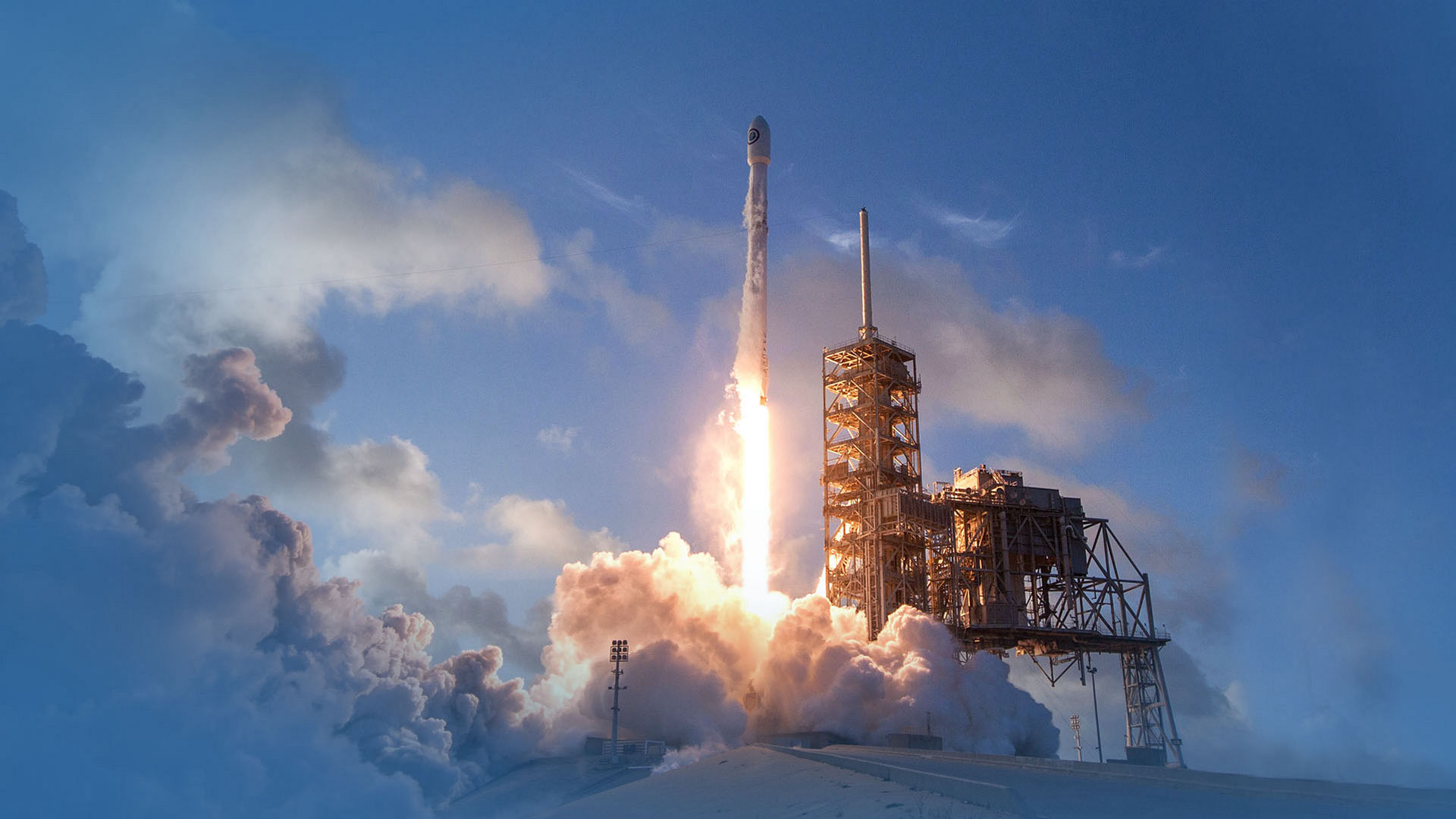SpaceX Launches The New Batch of Satellites!